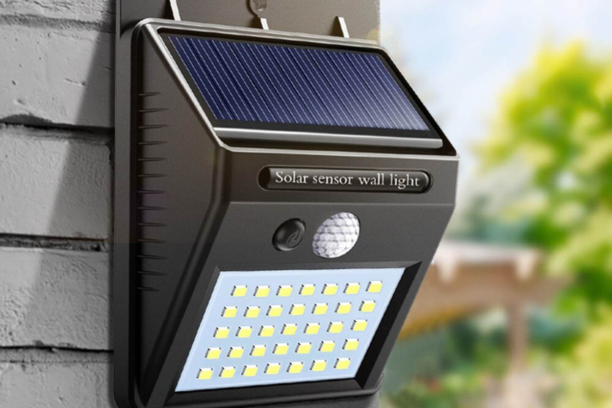 A Review of the Solar LED Outdoor Light with Motion Sensor by ZESOL
