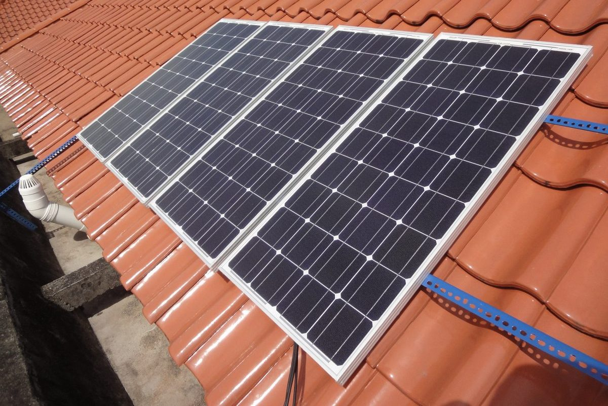 How to Utilize Your Outdoor Solar Lights' Solar Panels